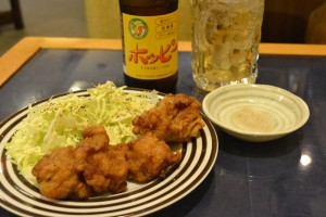 JR茨木居酒屋招福堂の骨付き鶏もも肉唐揚げ